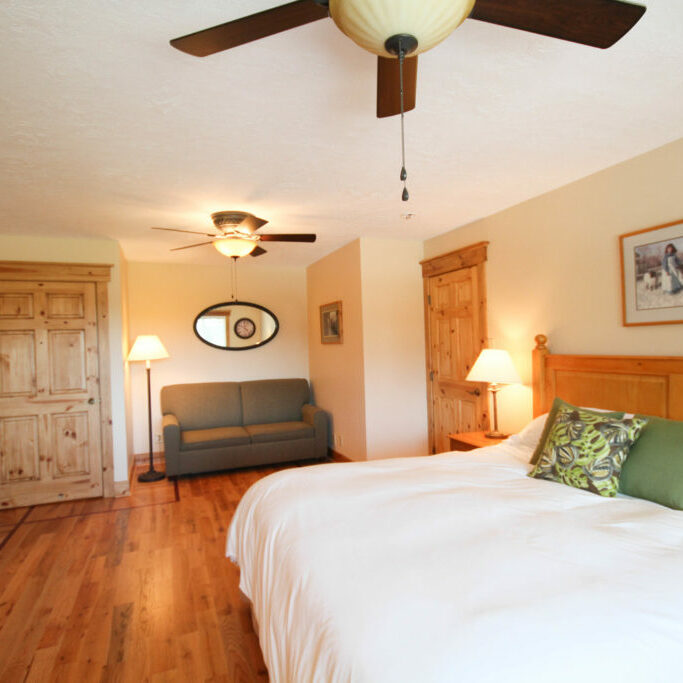 Lodge Guest Room 2