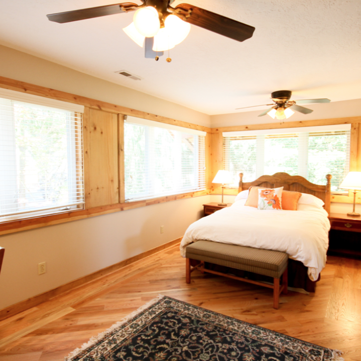 Lodge Guest Room 5A